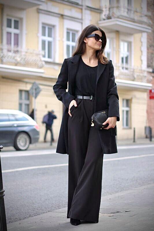 Płaszcz w kolorze czarnym