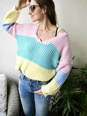 Tęczowy sweter Vka
