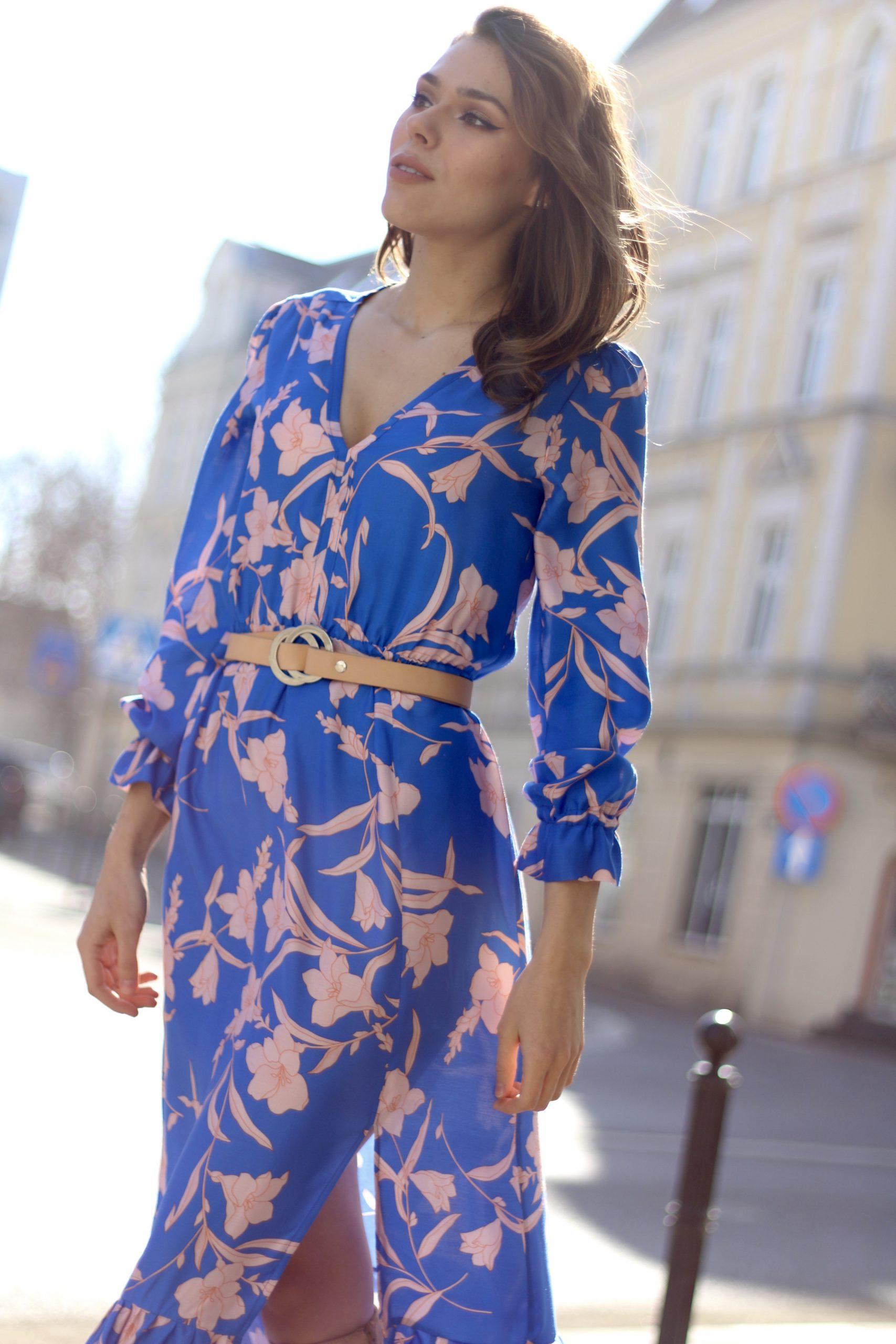 Sukienka boho midi * niebieska w różowe kwiaty