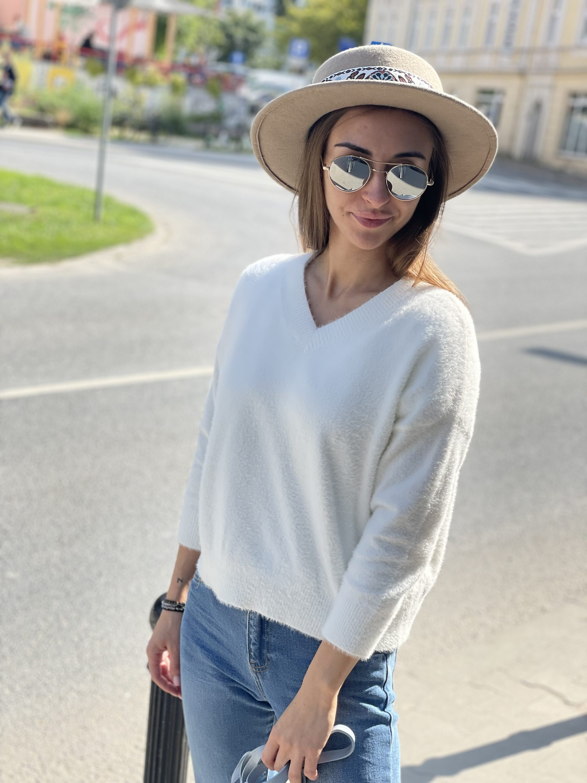 Sweterek Vka short * śmietanka