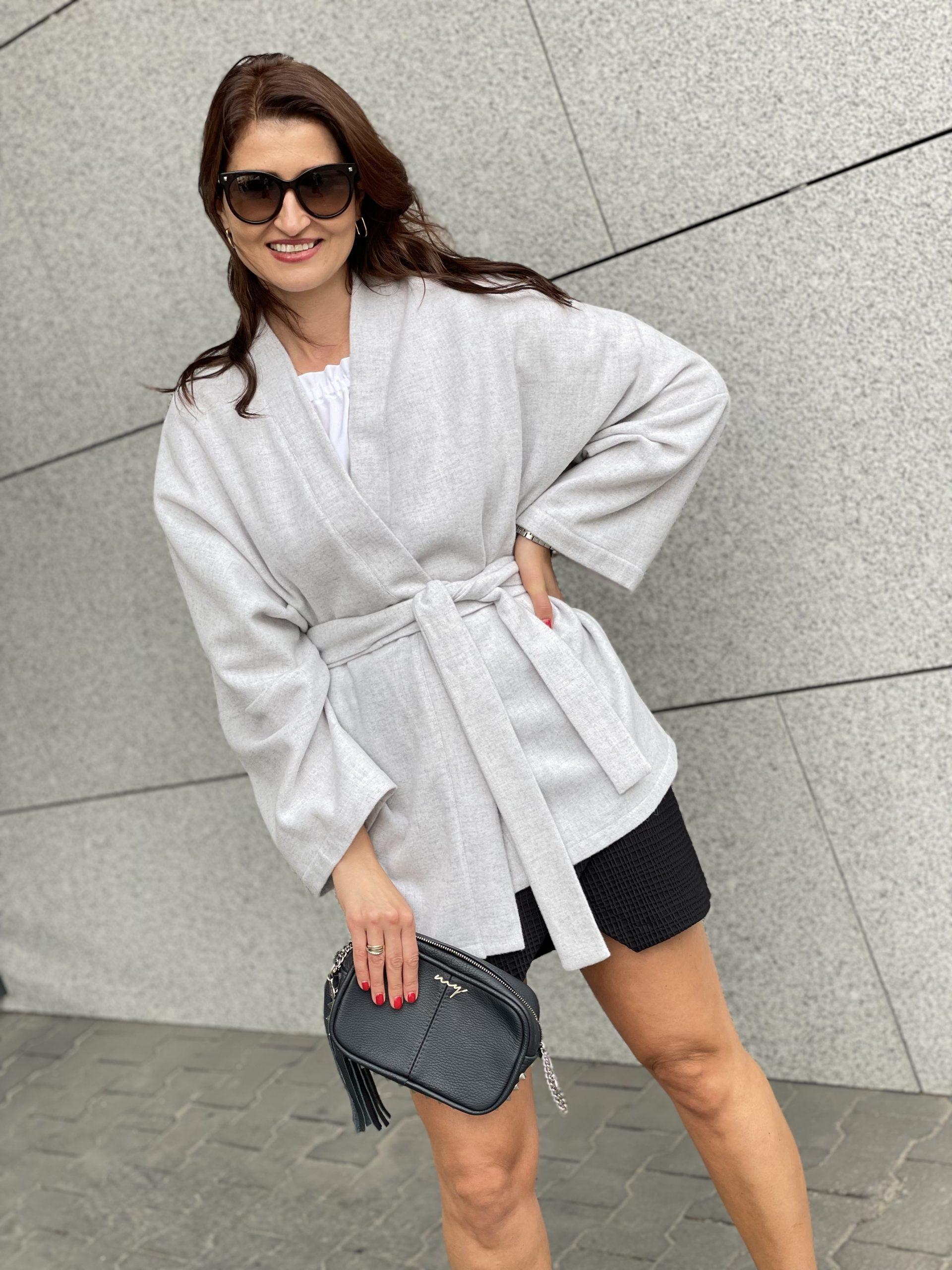 Kimono jasno szara wełna